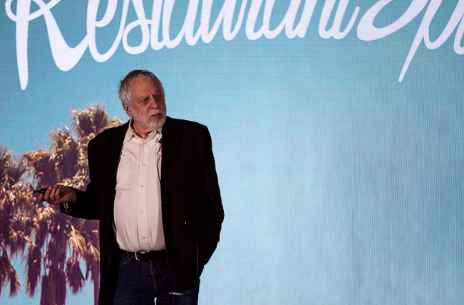 Nolan Bushnell speaking at RestaurantSpaces
