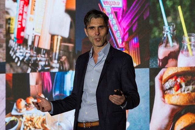 "Umami Burger Unveils New ""Lifestyle Hub"" at RestaurantSpaces"